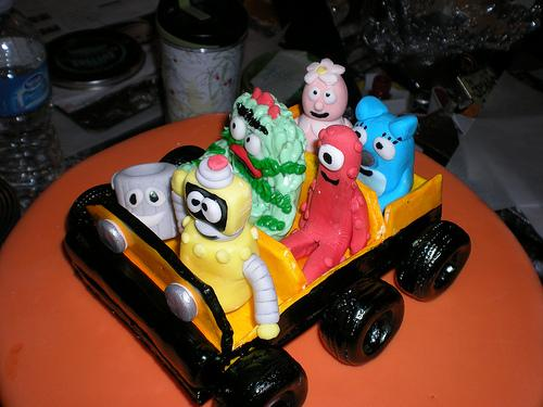 yo gabba gabba cake car