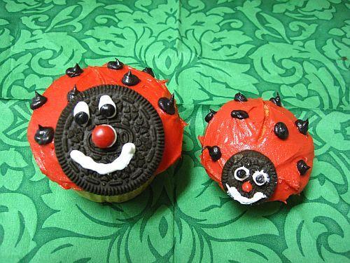 Ladybug Cake With Oreos