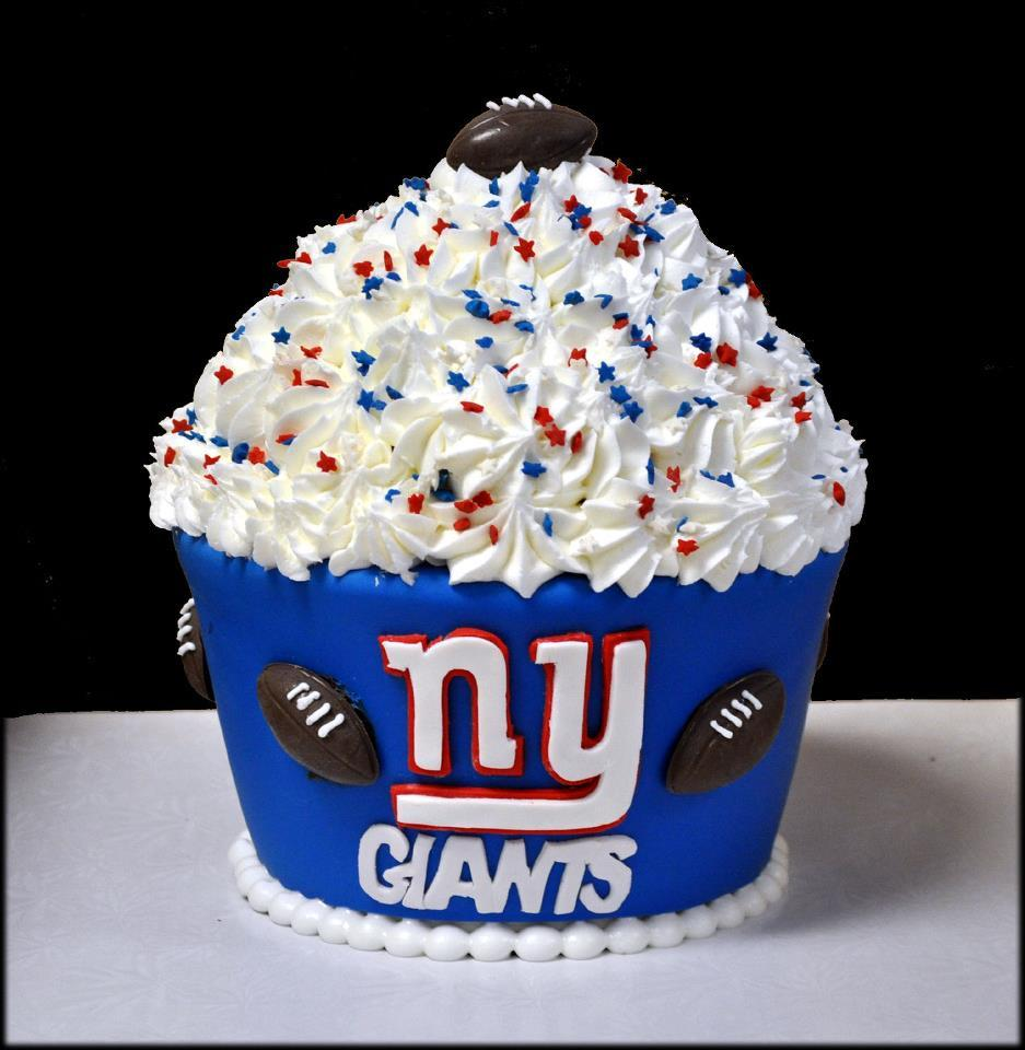 Brilliant Ny Giants Cake Theme A Party Funny Birthday Cards Online Inifodamsfinfo